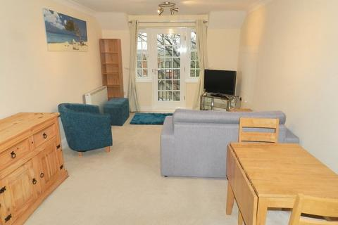 2 bedroom apartment to rent - Shire Oak Road, Leeds