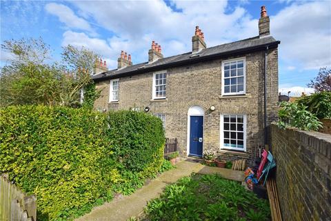 2 bedroom end of terrace house to rent - Portland Place, Cambridge, Cambridgeshire, CB1