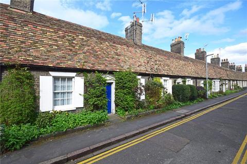 2 bedroom terraced house to rent - Orchard Street, Cambridge, Cambridgeshire, CB1