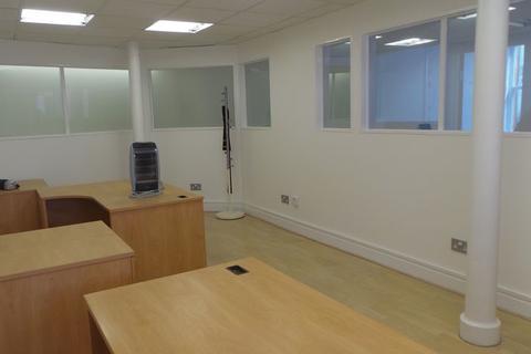 Office to rent - Salmon Street, Preston