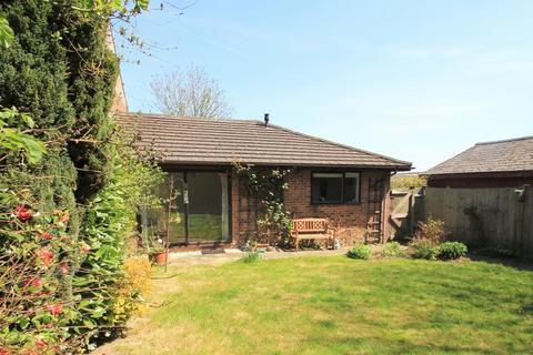 2 bedroom semi-detached house to rent - Hartley Court Gardens, Cranbrook, Kent, TN17 3QY