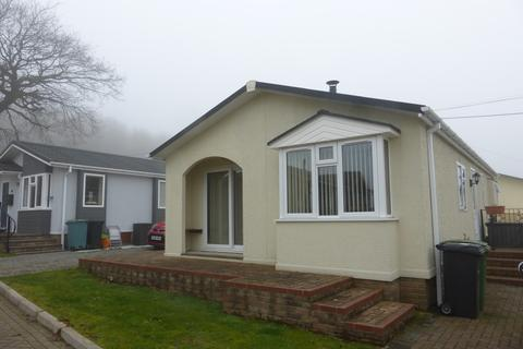 2 bedroom mobile home for sale - Hogbarn Lane, Harrietsham