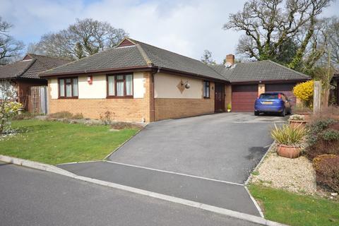 3 bedroom detached bungalow for sale - Linhorns Lane, New Milton