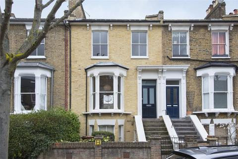 3 bedroom flat for sale - Montague Road, London, E8