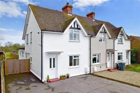 Houses for sale in headcorn latest property onthemarket for The headcorn minimalist house kent