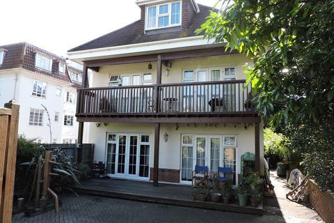 2 bedroom ground floor flat for sale - 9 Cambridge Road