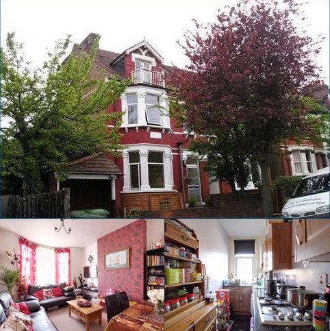 2 bedroom flat to rent - Marlborough Road, South Croydon, Surrey CR2