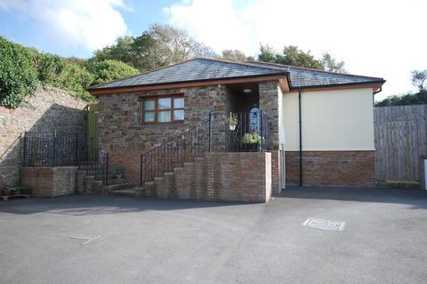 3 bedroom detached bungalow for sale - Slade, Bideford