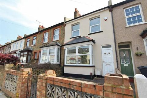 4 bedroom terraced house to rent - Dean Road , Hounslow  TW3