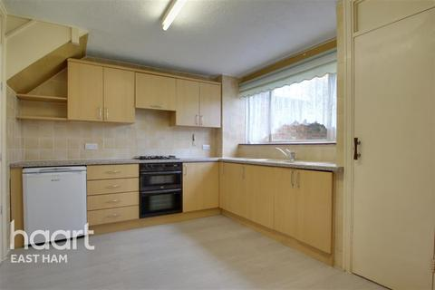 3 bedroom detached house to rent - Pelly Road, E13