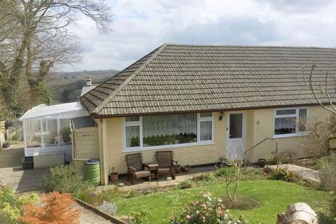 2 bedroom semi-detached bungalow for sale - Woodley Close, Stratton