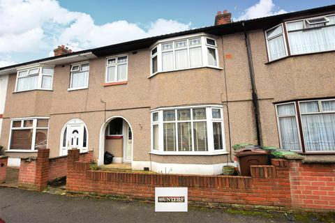 3 bedroom terraced house for sale - Cecil Road, Chadwell Heath, RM6