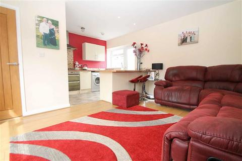 2 bedroom detached bungalow for sale - Pantbach Road, Cardiff