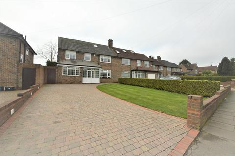 5 bedroom semi-detached house for sale - Romford Road, Chigwell, £1,000 CASHBACK ON THIS PROPERTY