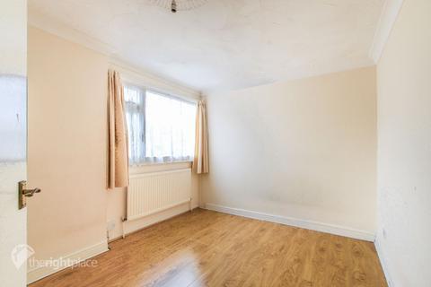 5 bedroom terraced house to rent - Watten Court, Bletchley