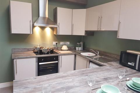 5 bedroom house share to rent - Marlborough Road, Royton, Oldham