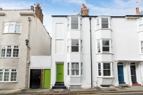3 bedroom terraced house to rent - Margaret Street, Brighton, BN2