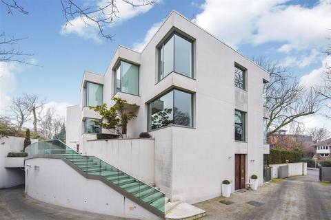 5 bedroom house for sale - West Heath Road, Hampstead, NW3