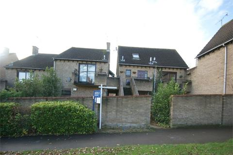 Studio to rent - Maiden Place, Lower Earley, READING, Berkshire
