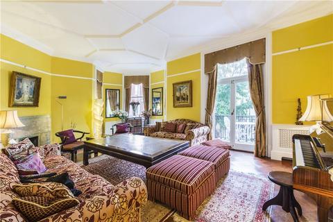 4 bedroom flat for sale - Cheniston Gardens, Kensington, W8