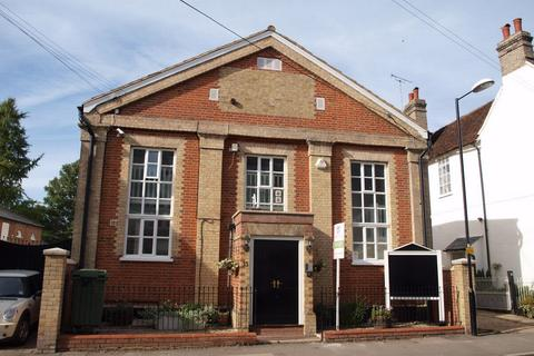 Property to rent - The Old Chapel Church Street, Coggeshall, Essex