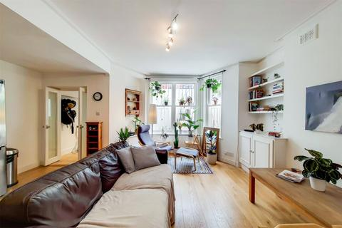2 bedroom apartment for sale - Castletown Road, Barons Court, London, W14