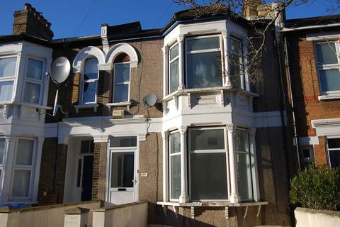 4 bedroom house to rent - Eglinton Road, Woolwich, London