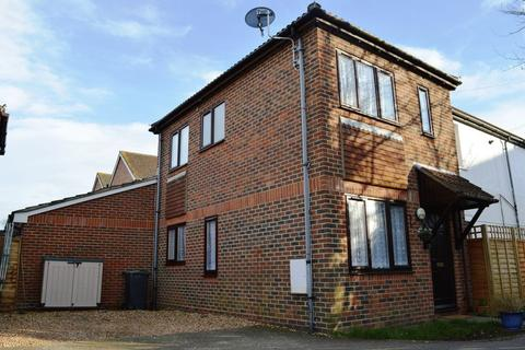 2 bedroom end of terrace house to rent - Station Road, Hayling Island.