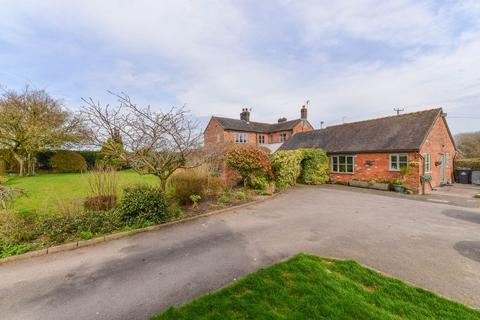 4 bedroom equestrian facility for sale - Newcastle Road, Woore