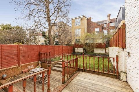 2 bedroom apartment to rent - Clarendon Road, Southsea