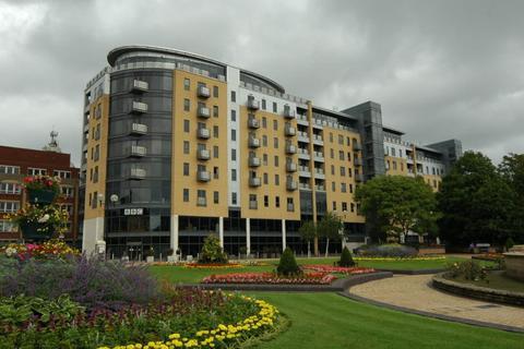 2 bedroom apartment to rent - Apt 89 Queens Court, Dock Street