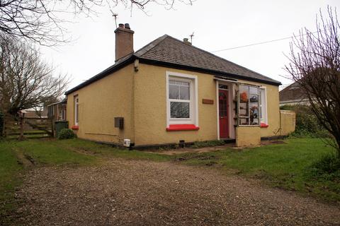 2 bedroom detached bungalow for sale - Rosudgeon TR20
