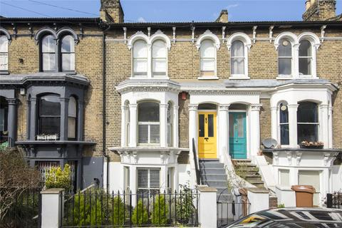 4 bedroom terraced house for sale - Penpoll Road, London, E8