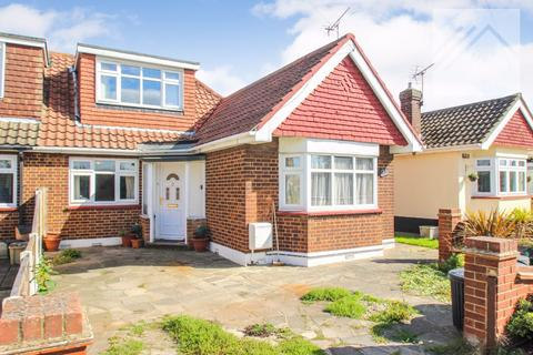 3 bedroom semi-detached house for sale - Bramble Road, Canvey Island, - BIGGER THAN IT FIRST LOOKS