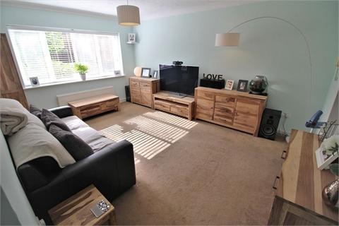 2 bedroom flat for sale - Wheeler Court, Tilehurst, READING, Berkshire