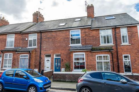 3 bedroom terraced house for sale - Balmoral Terrace, Bishopthorpe Road, YORK