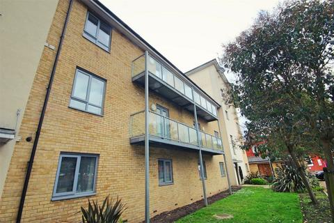 2 bedroom flat for sale - Wicks Place, CHELMSFORD, Essex