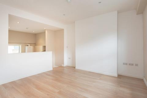 2 bedroom apartment to rent - Kentish Town Road, London, NW5