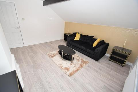2 bedroom flat to rent - Northumberland Road, Manchester, M16 9PP