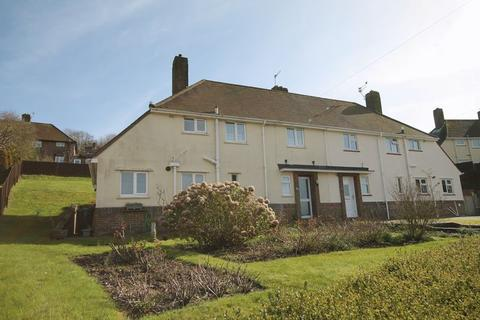 3 bedroom semi-detached house for sale - Fernhurst Crescent, Brighton, East Sussex,