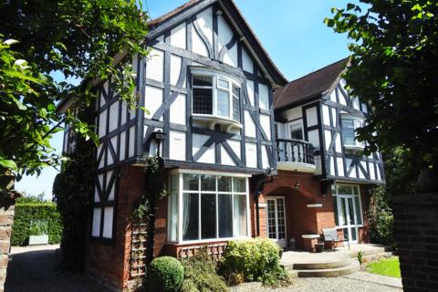 4 bedroom detached house to rent - Heads Lane, HU13