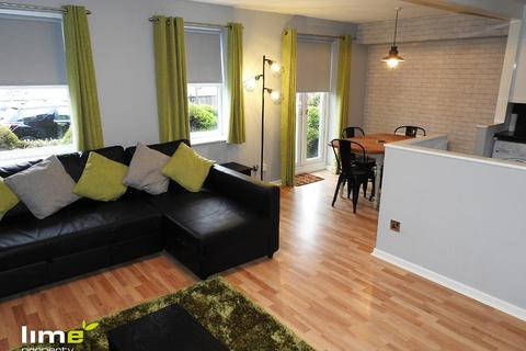 2 bedroom flat to rent - Plimsoll Way, Victoria Dock, Hull, HU9 1PR
