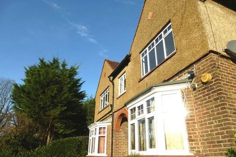 2 bedroom flat to rent - Old Shoreham Road, Hove