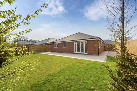 3 bedroom detached bungalow for sale - Plot 4, Aston Grove, Moorfield Lane, Church Aston, Newport Shropshire, TF10