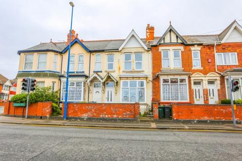 3 bedroom terraced house to rent - Bearwood Road,  Smethwick, B66