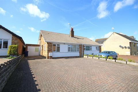2 bedroom semi-detached bungalow to rent - Pecked Lane, Bishops Cleeve, Cheltenham