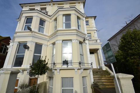 1 bedroom flat to rent - Upperton Gardens, Eastbourne BN21