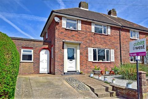 3 bedroom semi-detached house for sale - Petworth Road, Brighton, East Sussex
