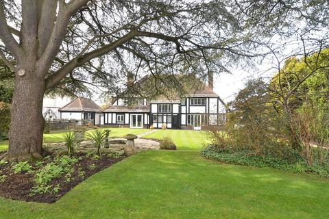 5 bedroom detached house for sale - Littledown Drive, Bournemouth