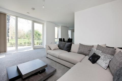 3 bedroom apartment to rent - Adenmore Road, Catford, SE6